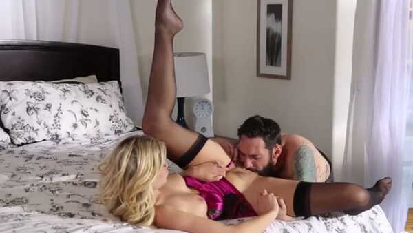 Porn video Blonde in stockings gets fucked by a bearded guy. Scarlet Red