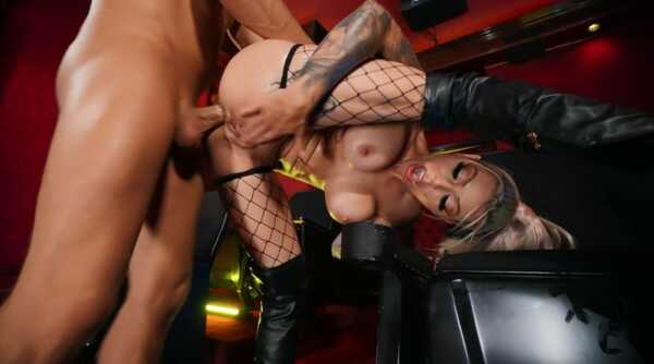 Porn video From The Big Screen To His Lap Karma Rx, Xander Corvus