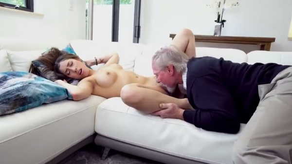 Porn video Grandpa fucks a young beauty. Kira Perez