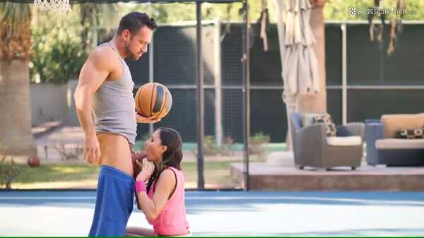 Sex video Johnny Castle fucks brunette Ariana Marie on the basketball field.