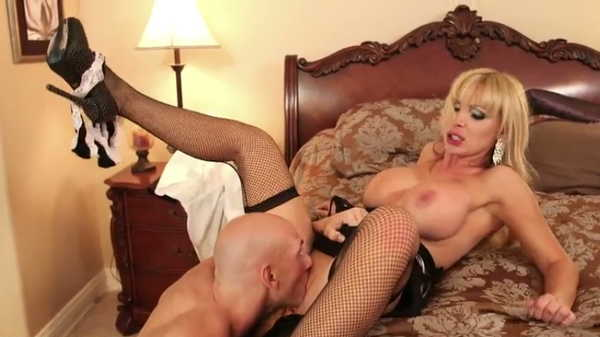Porn video Johnny Sins Fucks Hot Blonde Nikki Benz. Johnny Sins, Nikki Benz