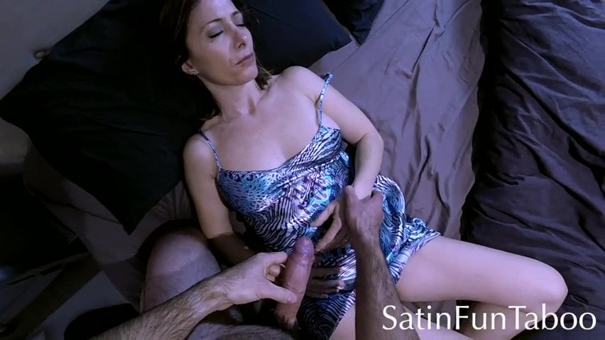 Porn video Stepson fucked a sleeping milf.