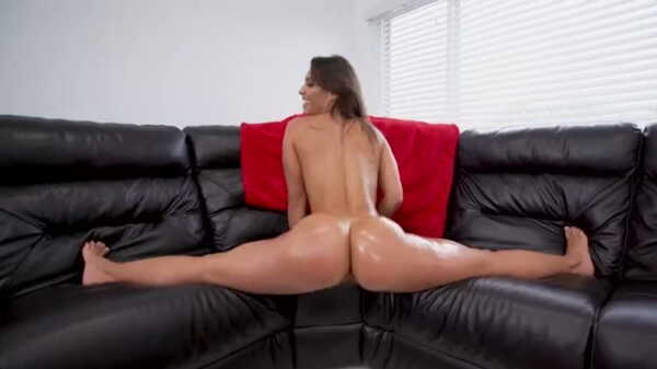 Porn video The brunette shakes her big ass in front of the man. Kelsi Monroe